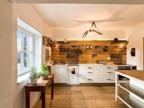 Kuchnie węglowe, na drewno, pellety, piecyki, kominki 113