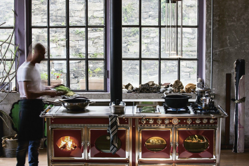 Kuchnie węglowe, na drewno, pellety, piecyki, kominki 117