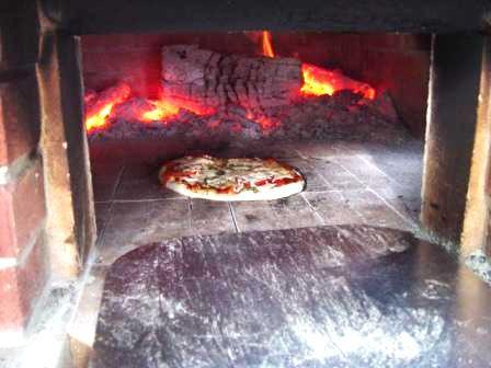 Piec kuchenny-tradycja, prestiż i nowoczesność. 55